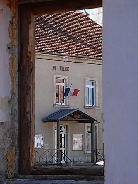 Dsc_0019_fenetre_mairie