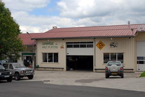 Dsc_0007_garage