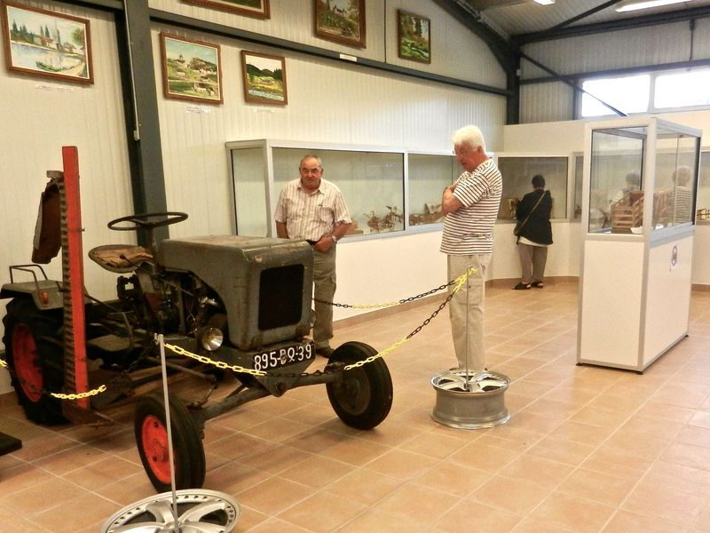 DSCN9585_musee_maquettes_tracteur