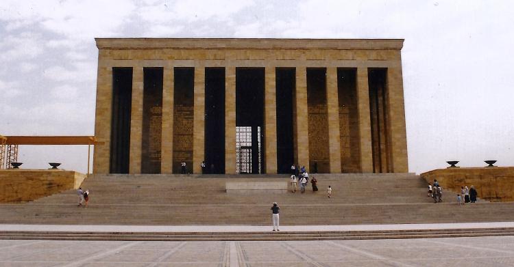 Turquie 1998-08-22 Ankara Mausaulée 2 copie 2