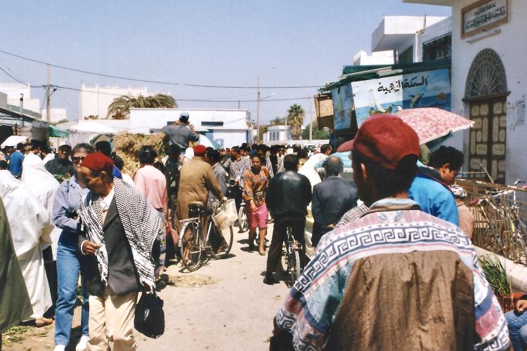 Tunisie 1997-04-17 Kairouan ? Rue copie